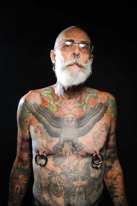 staruszkowie z tatuazami 1