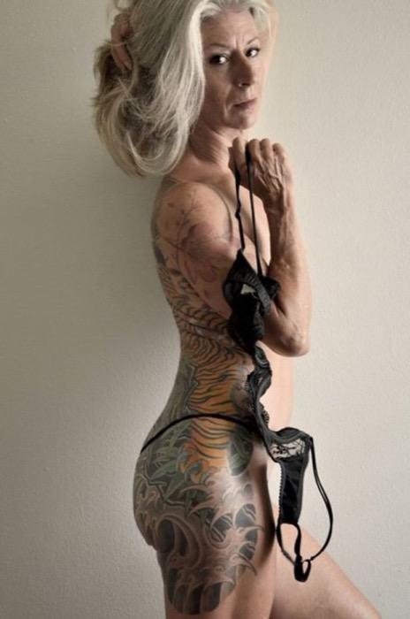 staruszkowie z tatuazami 8