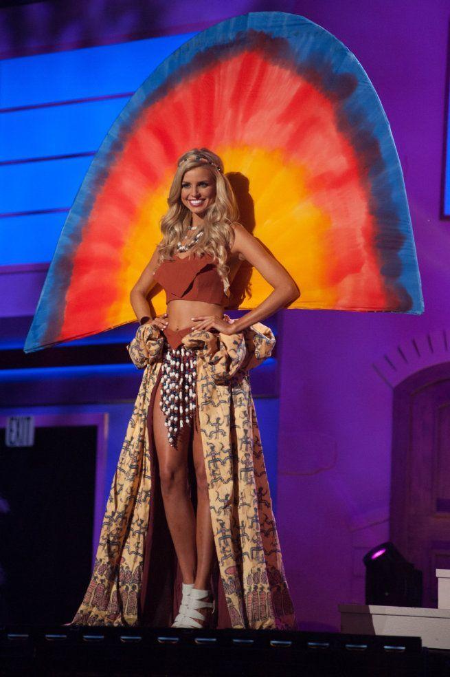 Miss Universe 2015 - 05 - Australia