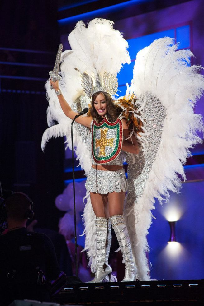 Miss Universe 2015 - 09 - Bolivia
