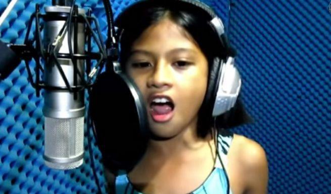 10-letnia dziewczynka z Filipin