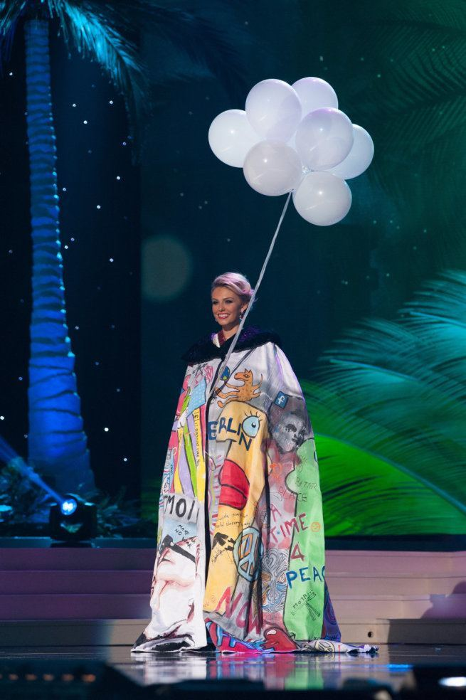 Miss Universe 2015 - 30 - Germany