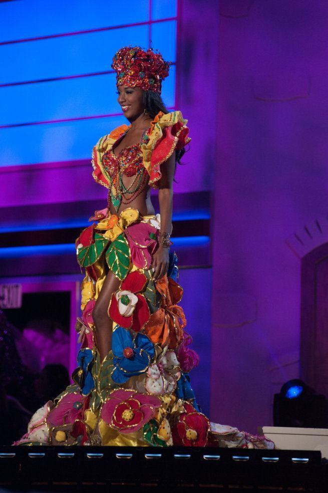 Miss Universe 2015 - 37 - Haiti