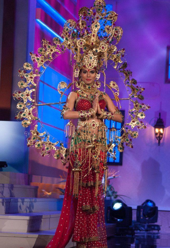 Miss Universe 2015 - 40 - India