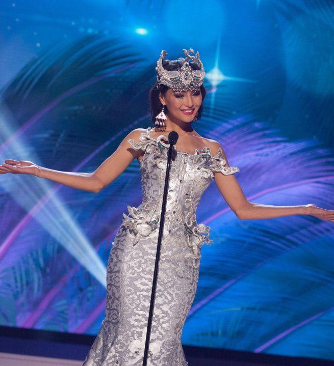 Miss Universe 2015 - 47 - Kazakhstan