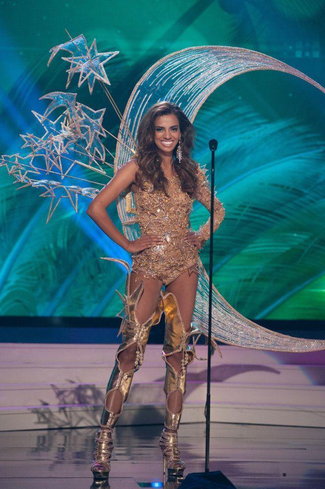 Miss Universe 2015 - 71 - Singapore