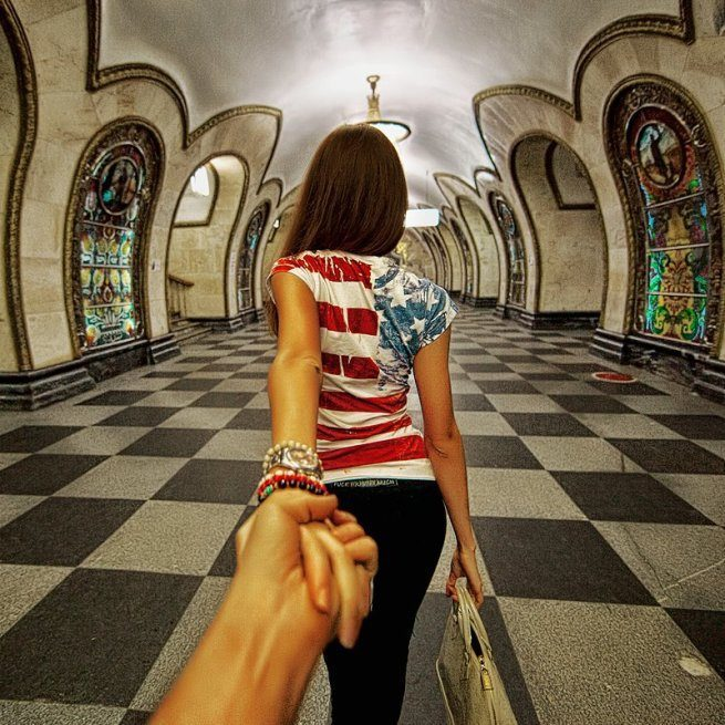 Follow me Murad Osmann w podróży po całym świecie za swoją dziewczyną Natalią Zakharovą 21