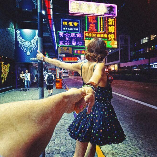 Follow me Murad Osmann w podróży po całym świecie za swoją dziewczyną Natalią Zakharovą 25