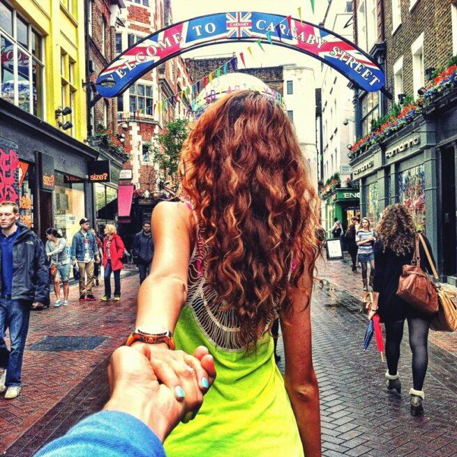 Follow me Murad Osmann w podróży po całym świecie za swoją dziewczyną Natalią Zakharovą  3