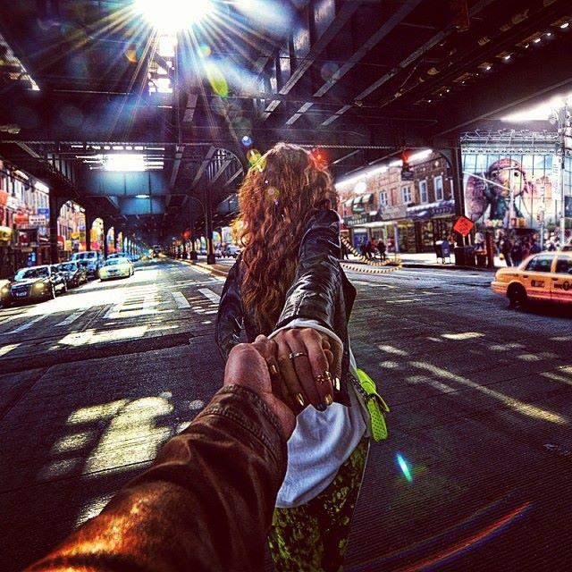 Follow me Murad Osmann w podróży po całym świecie za swoją dziewczyną Natalią Zakharovą 36