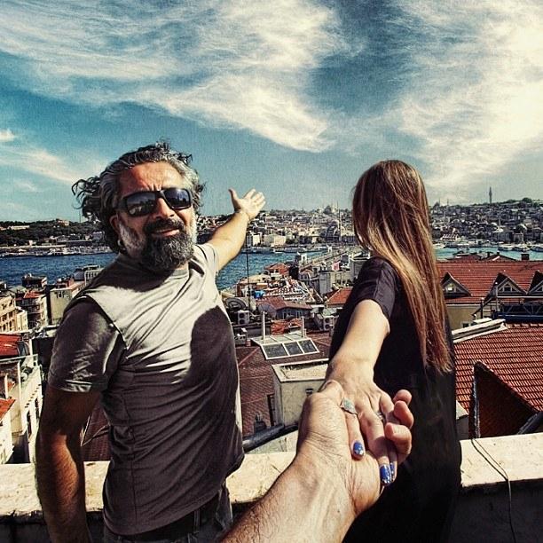 Follow me Murad Osmann w podróży po całym świecie za swoją dziewczyną Natalią Zakharovą 44