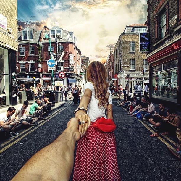 Follow me Murad Osmann w podróży po całym świecie za swoją dziewczyną Natalią Zakharovą 46