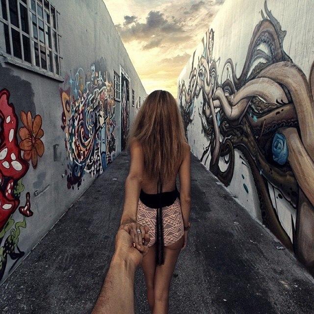 Follow me Murad Osmann w podróży po całym świecie za swoją dziewczyną Natalią Zakharovą 60