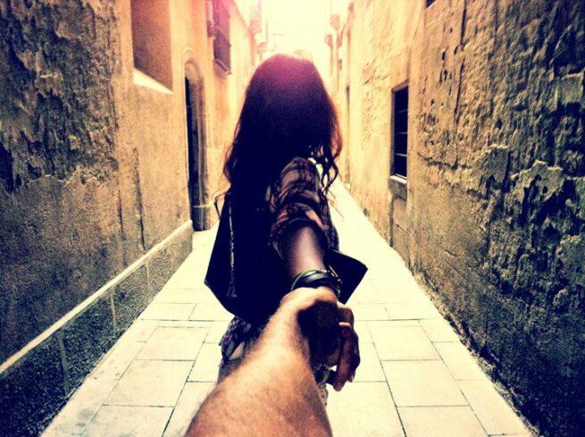 Follow me Murad Osmann w podróży po całym świecie za swoją dziewczyną Natalią Zakharovą  9