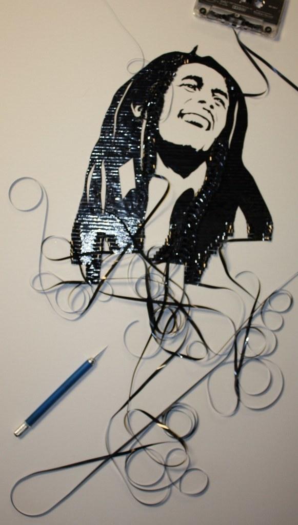 Ghost in the Machine - niesamowite portrety z taśmy magnetofonowej 17