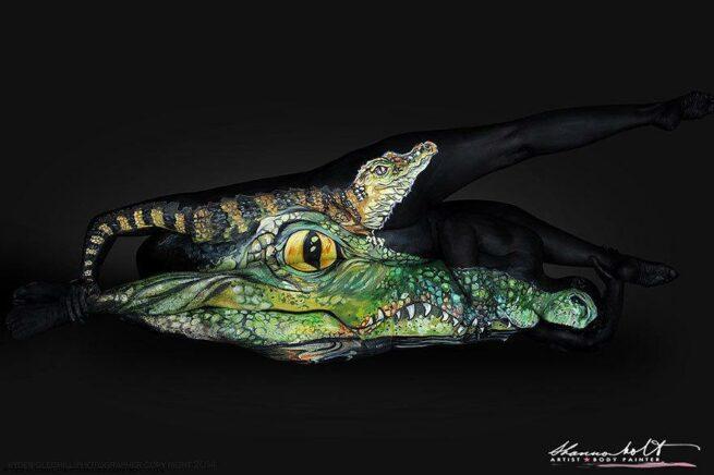 ludzie przemieniają się w zwierzęta aligator