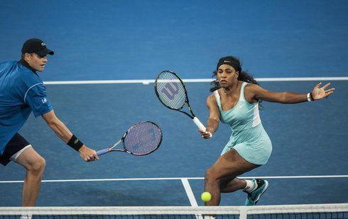 Radwańska i Janowicz wygrywają turniej w Perth 2