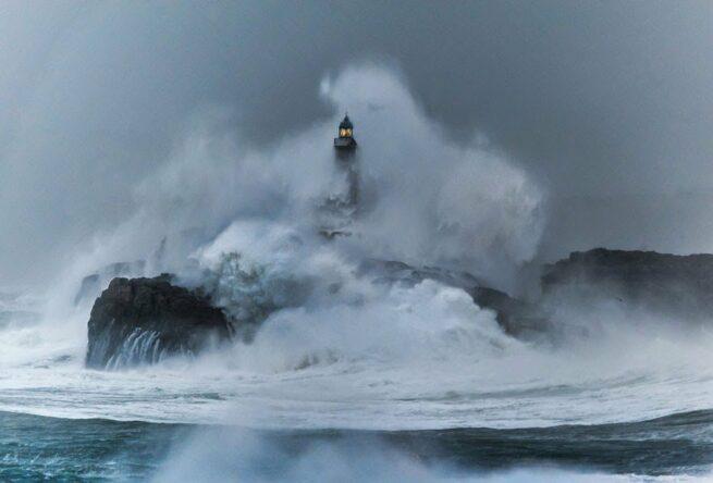 Zapierając dech w piersiach zdjęcia latarni morskich 18