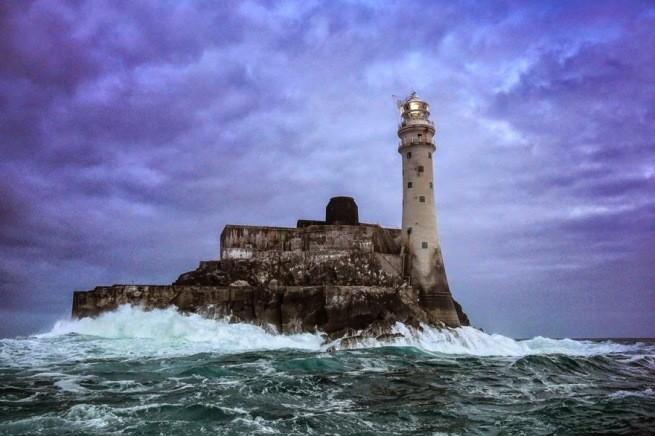Zapierając dech w piersiach zdjęcia latarni morskich 21