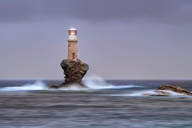 Zapierając dech w piersiach zdjęcia latarni morskich 23