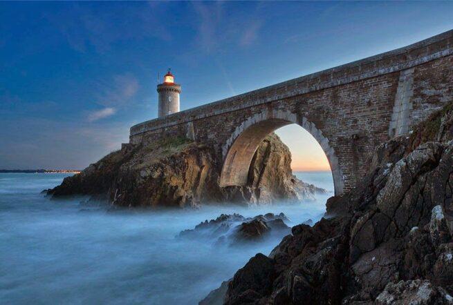 Zapierając dech w piersiach zdjęcia latarni morskich 3