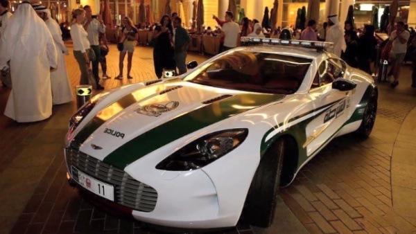 policja-dubaj-2014-topgear-9