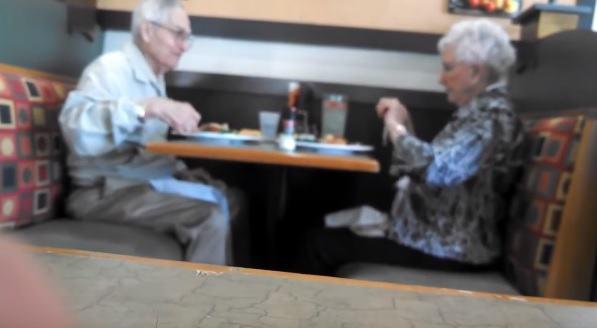 smieszni staruszkowie
